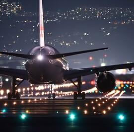 Освітлення аеродромів та злітно-посадкових смуг, аеродромні вогні